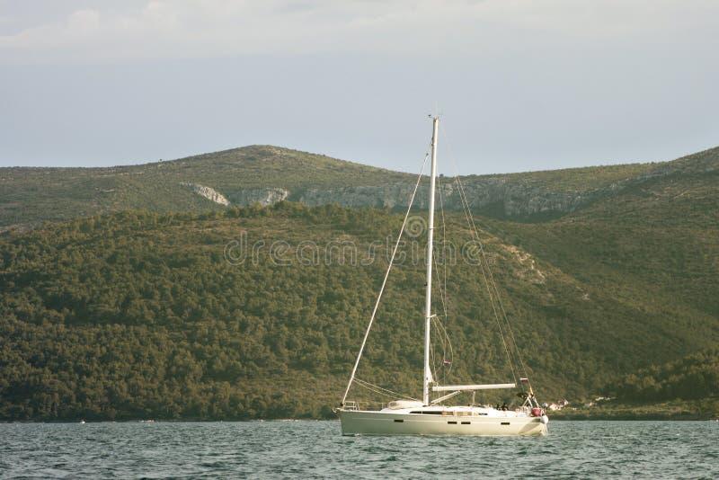 帆船回到港口 库存图片