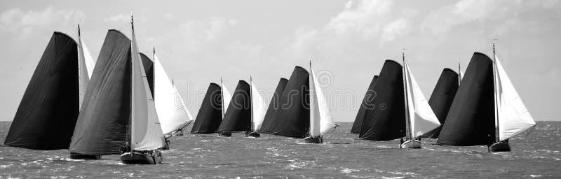 帆船在逐年竞争中 免版税库存图片