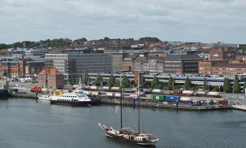 帆船航行入基尔-老基尔-德国-欧洲港  库存图片