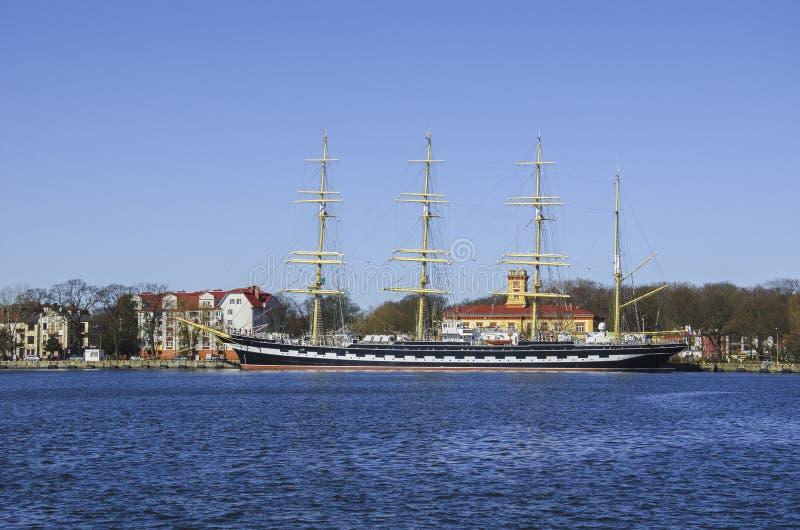 帆船被停泊在奎伊 图库摄影