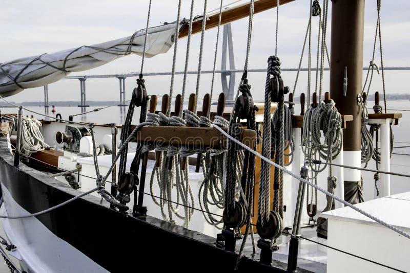 帆船绳索 免版税库存图片