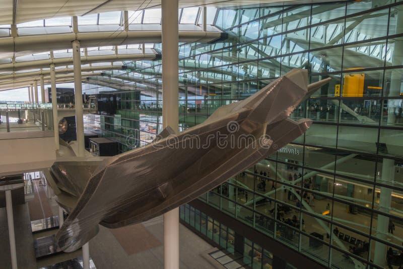 希思罗机场的,伦敦,英国终端2 免版税库存图片