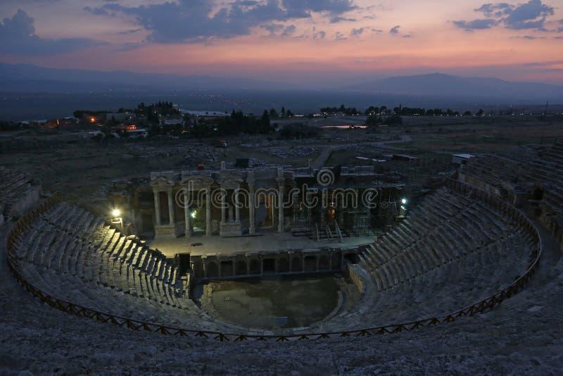 希拉波利斯剧院视图 库存图片
