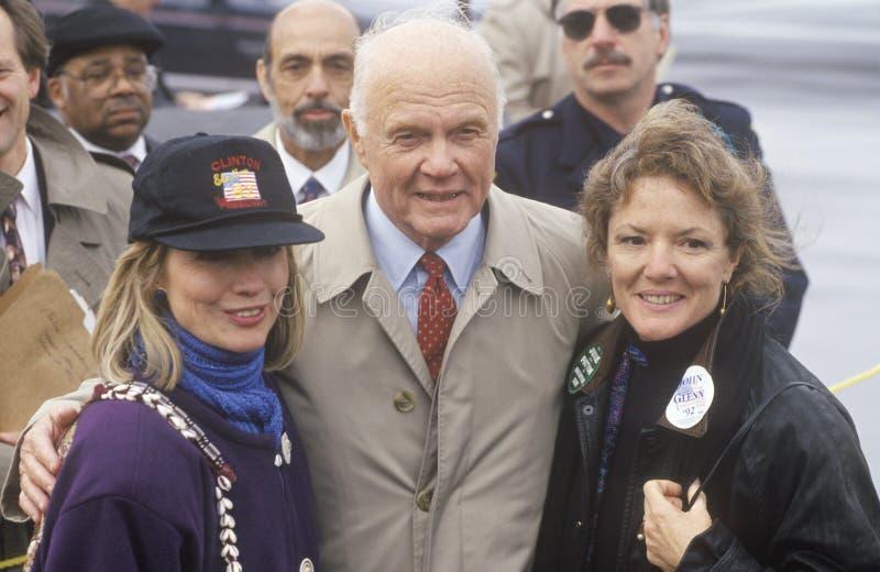 希拉里・罗德汉姆・柯林顿和前参议员约翰・ Gle 免版税库存照片