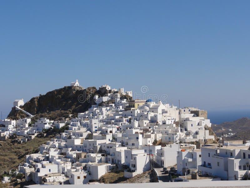 希腊塞里福斯岛海岛CHORA被洗涤的村庄白色安置城堡蓝天 图库摄影