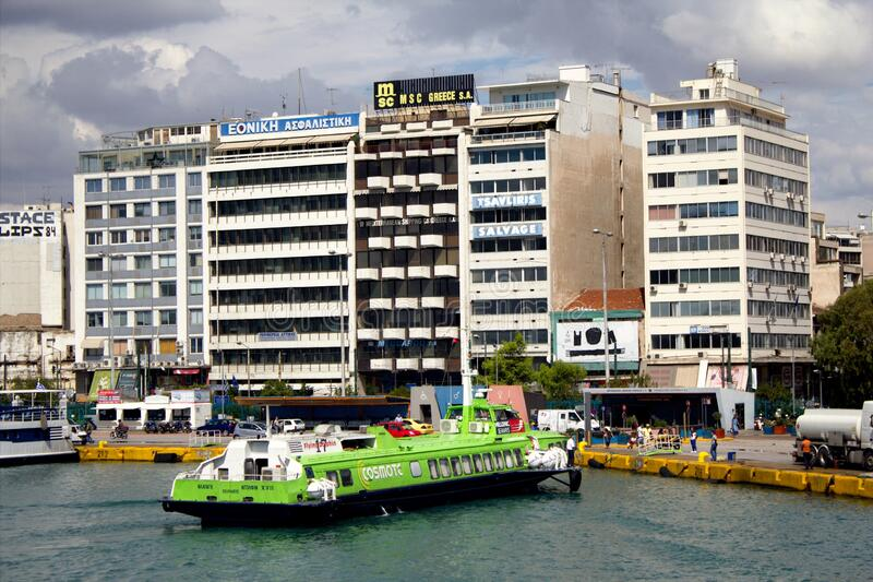 希腊比雷埃夫斯港风景 库存照片