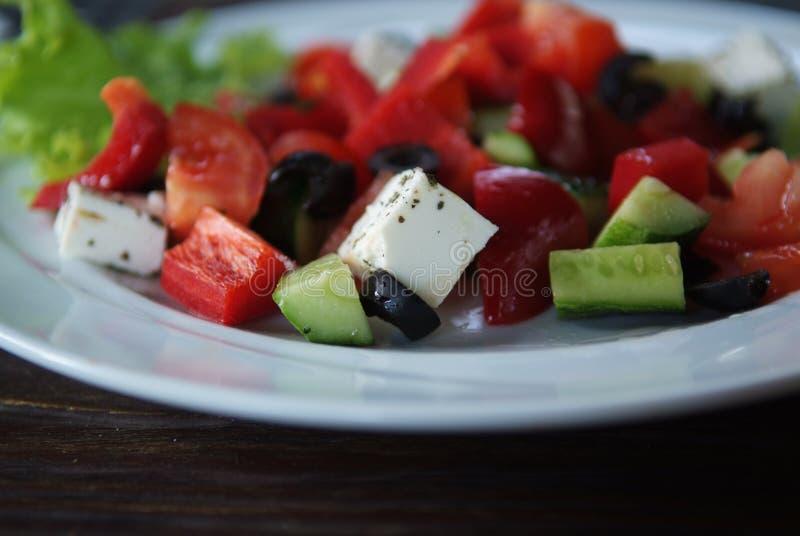 希腊沙拉的接近的照片 免版税库存图片