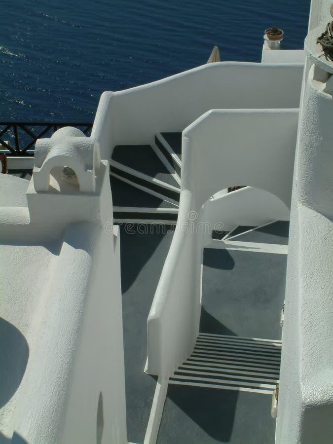 希腊涂灰泥的台阶 免版税库存图片