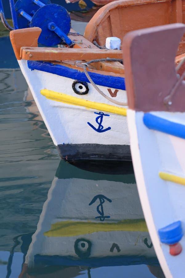 希腊渔船弓  免版税库存图片
