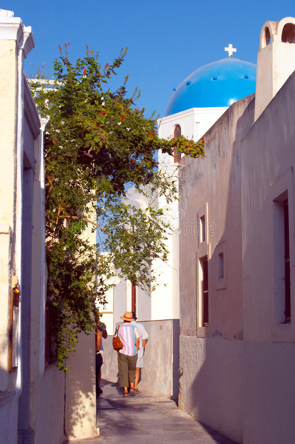 希腊缩小的santorini街道 免版税库存照片