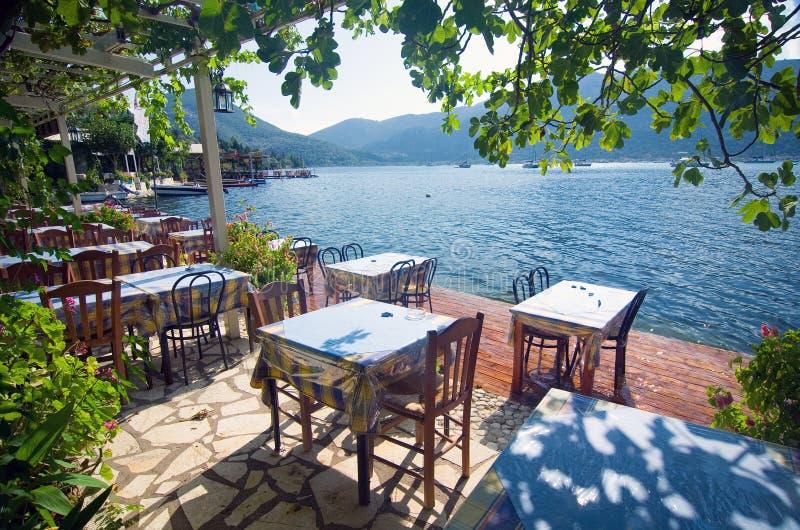 希腊-由海的大阳台 库存图片