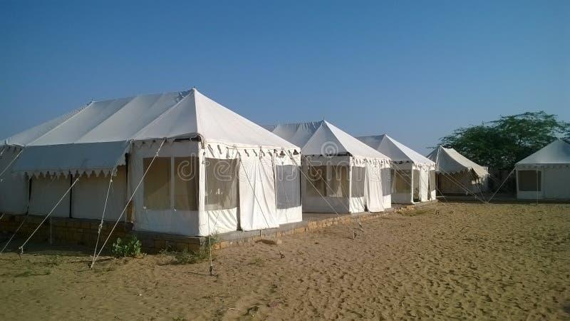 帐篷在沙漠 免版税图库摄影