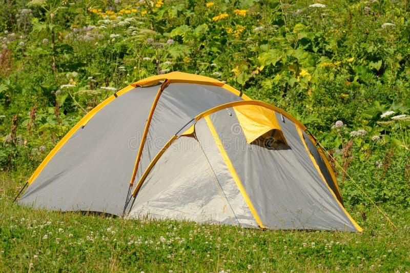 帐篷游人 库存照片