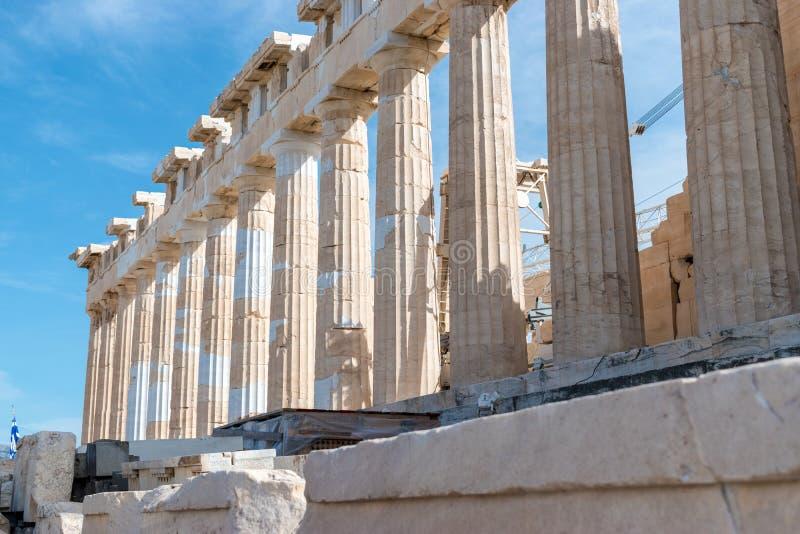 帕台农神庙寺庙在一个晴天 上城雅典 免版税库存照片