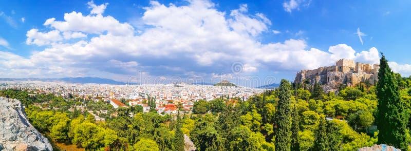 帕台农神庙建筑全景上城小山的,雅典, 免版税图库摄影