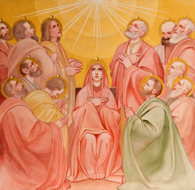 帕多瓦,意大利- 2014年9月9日:Pentecost场面的壁画在教会Basilica del Carmine里 免版税图库摄影