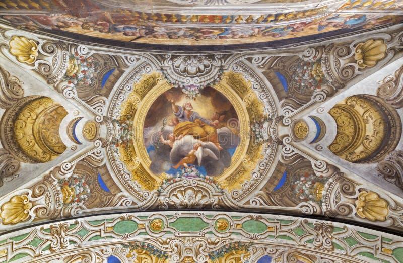 帕尔马,意大利- 2018年4月16日:圣约瑟夫的赞美的天花板freso教会基耶萨二的三塔Croce 库存照片