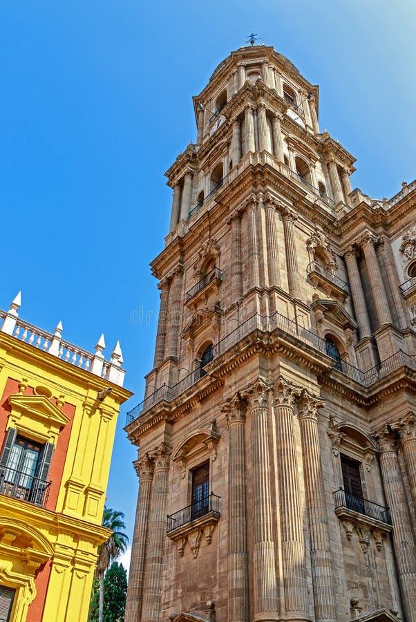 帕拉西奥主教BishopÂ的宫殿和马拉加大教堂  太阳海岸,安大路西亚,西班牙 图库摄影