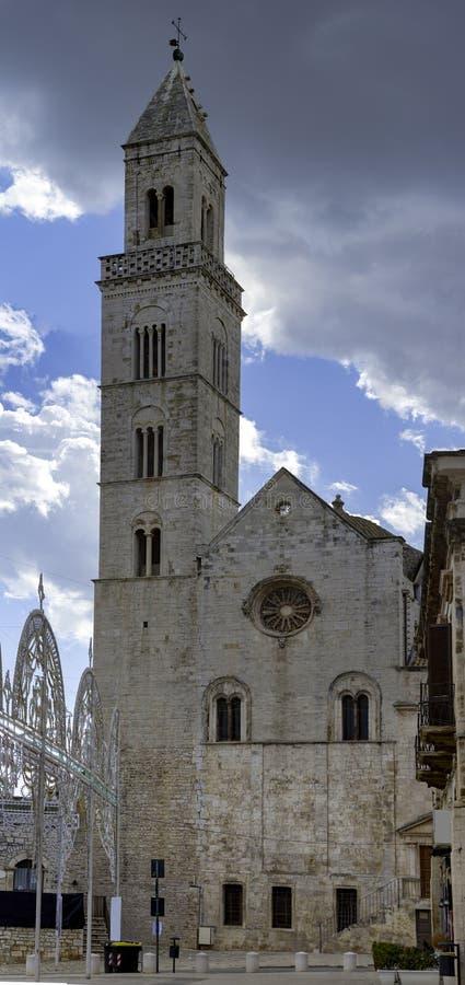 帕洛德尔科莱镇在普利亚,意大利 免版税库存照片