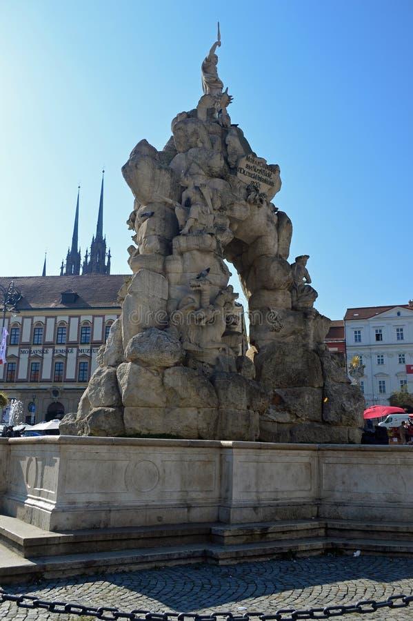 帕纳斯喷泉在布尔诺圆白菜市场,摩拉维亚,捷克上 免版税库存图片