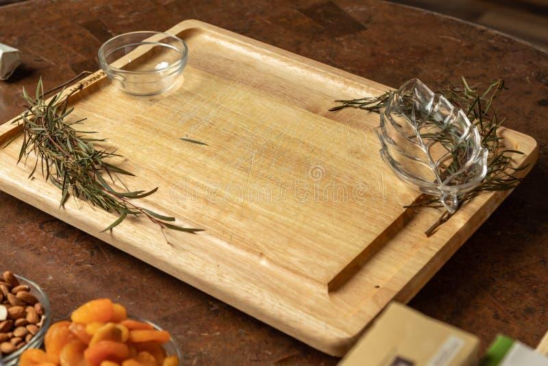 带复制空间的美食特色板 免版税图库摄影
