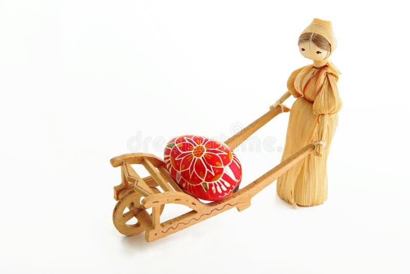 带来稻草人复活节彩蛋 库存图片