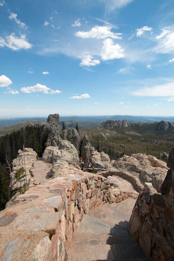 带领下来从Harney峰顶火监视塔的石楼梯在Custer国家公园 库存照片