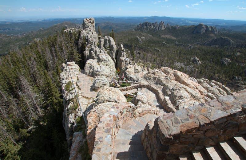 带领下来从Harney峰顶火监视塔的石楼梯在Custer国家公园 库存图片
