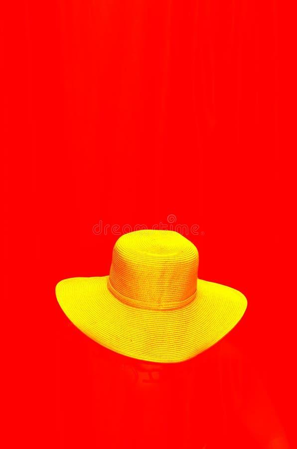 帽子黄色 免版税库存照片