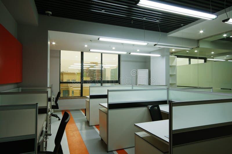 干净和明亮的办公室 图库摄影