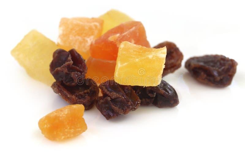 干果子杏子、番木瓜和葡萄干 免版税库存图片