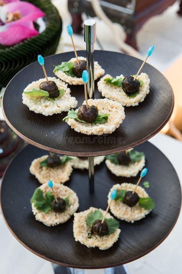 干煮熟的米油煎与菜 免版税库存照片