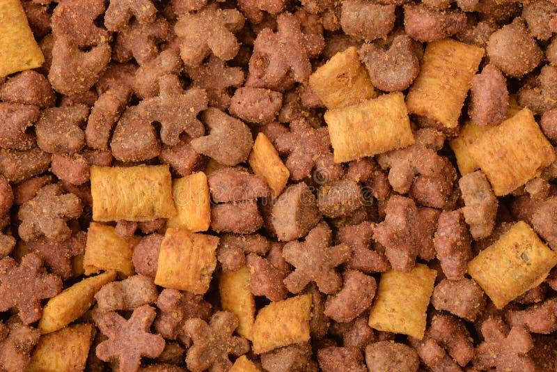 干燥宠物食品背景 库存照片