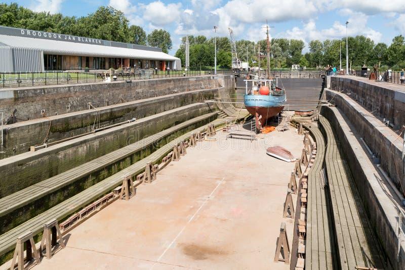 干船坞1月Blanken在赫勒富茨劳斯,荷兰 免版税库存照片