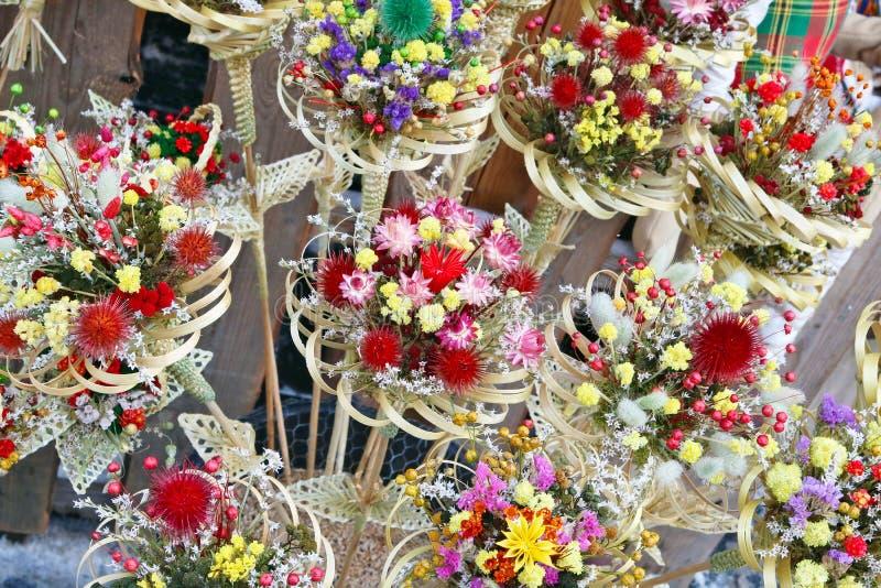 干花花束被卖在传统春天fai 免版税库存图片