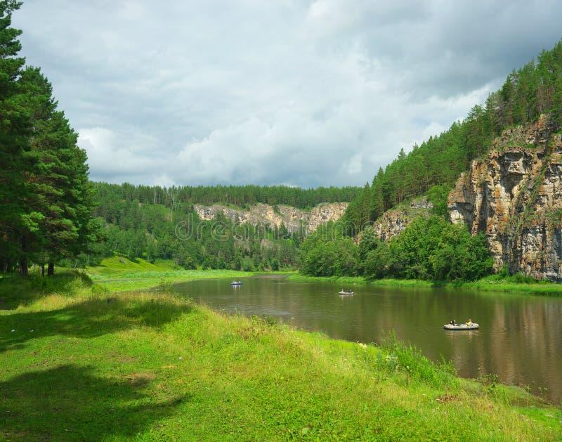 Download 干草河 俄罗斯,南乌拉尔 库存照片. 图片 包括有 旅鼠, 森林, 云彩, 绿色, 市议员, 夏天, 本质 - 62527238