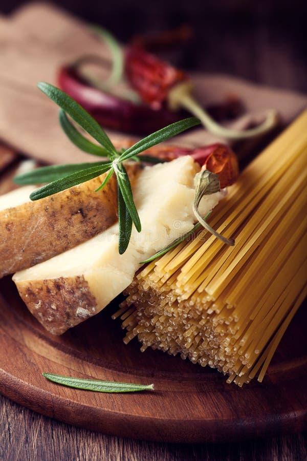 干酪pecorino意粉香料 库存照片