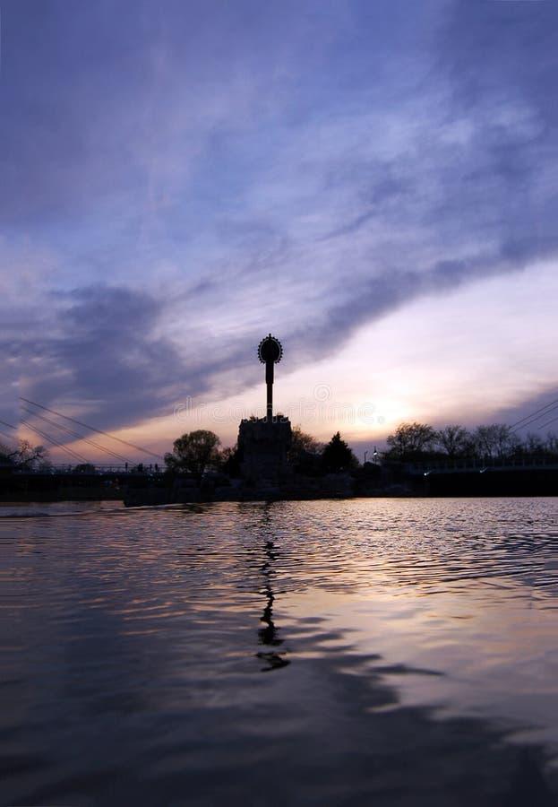 平原的老板在日落的 免版税图库摄影