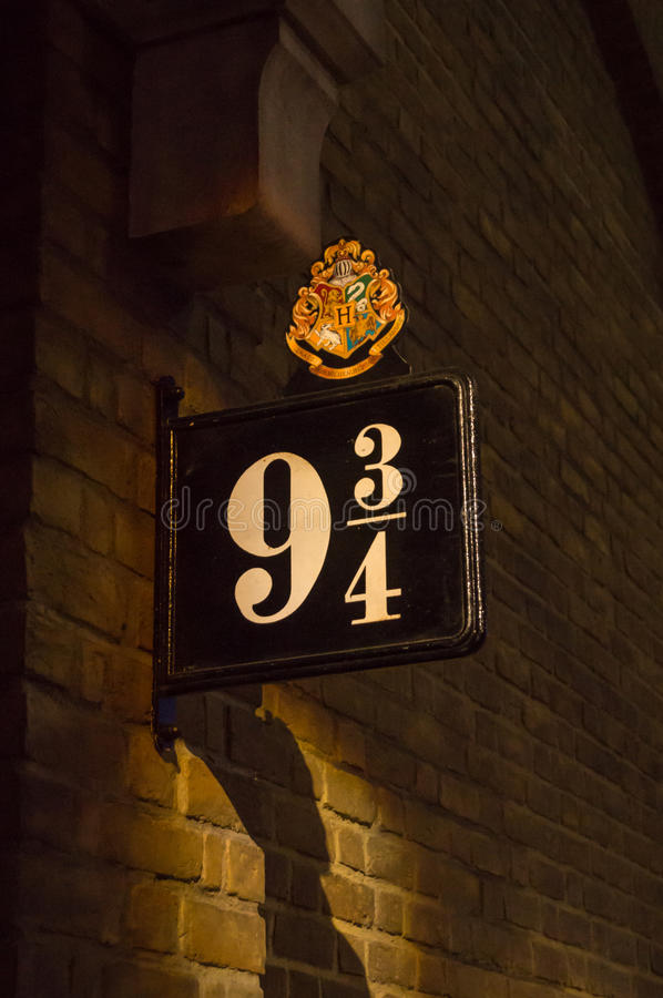 平台9 3/4的标志 库存照片
