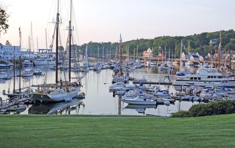 平安早期的港口的早晨 免版税库存图片