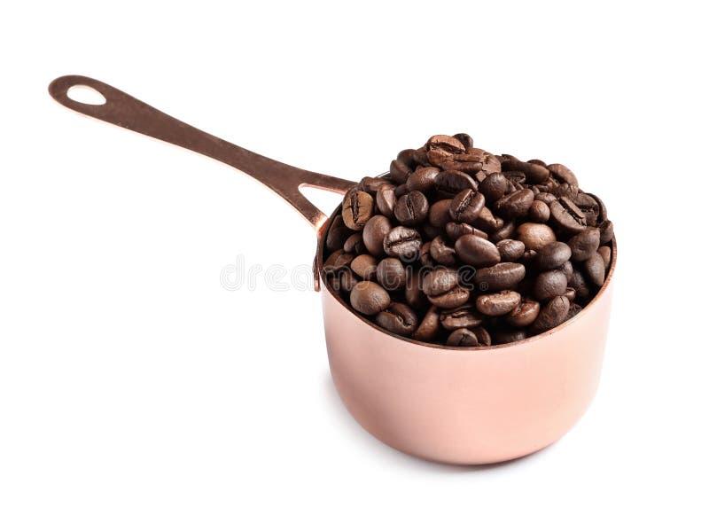 平底深锅用烤咖啡豆 免版税库存照片