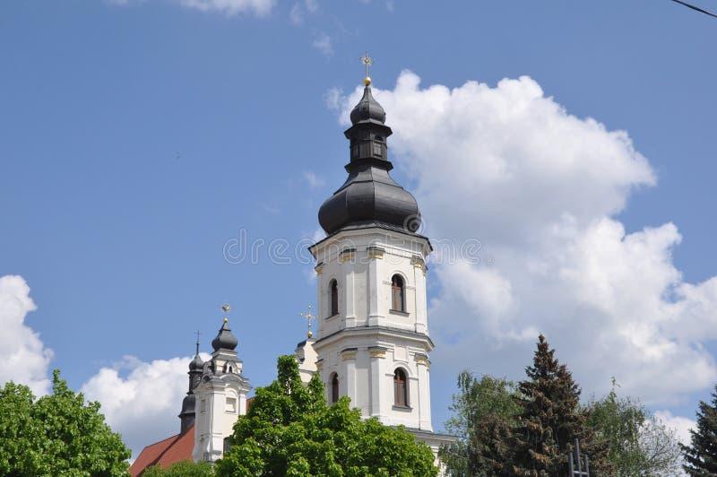 平斯克 在保佑的圣母玛丽亚的做法的教会的看法 免版税库存照片