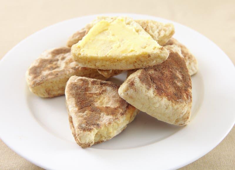 平板炉牌照烤饼 免版税库存图片