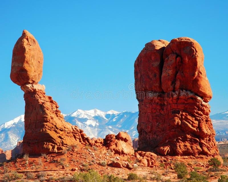 平衡的岩石 免版税库存图片