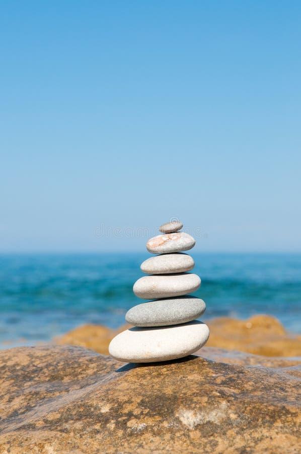 平衡石头 库存照片