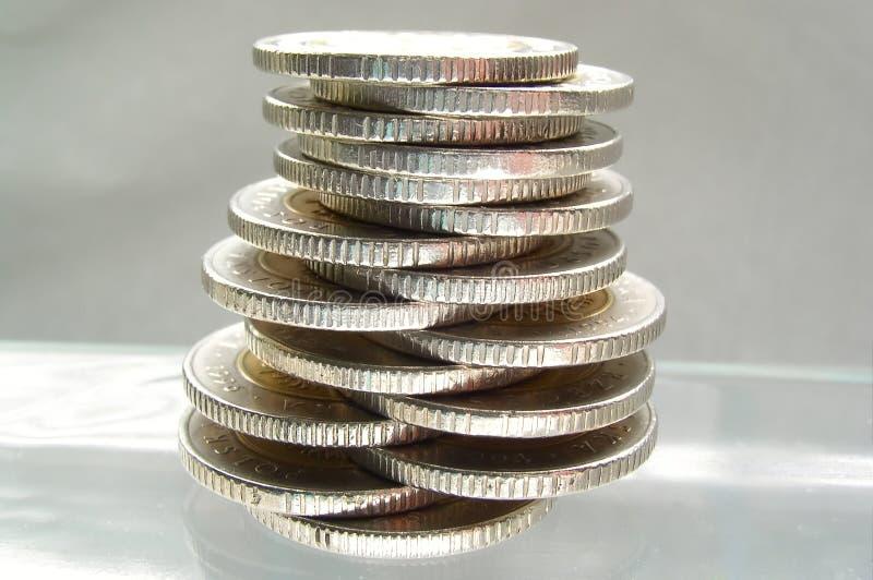 平衡硬币 免版税库存照片
