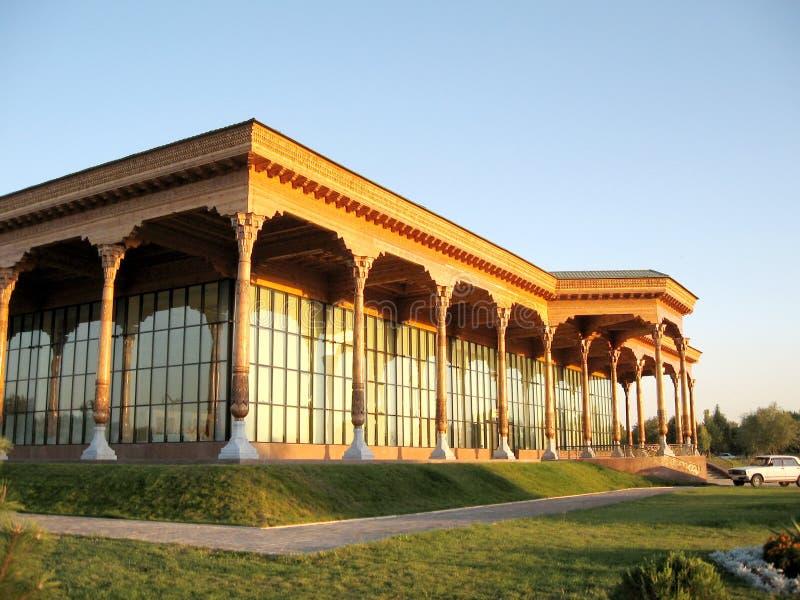 平衡2007年的塔什干Almazar画廊 免版税库存照片