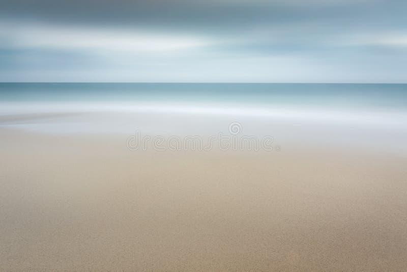 平静的海岸线, Carlyon海湾,康沃尔郡 库存照片