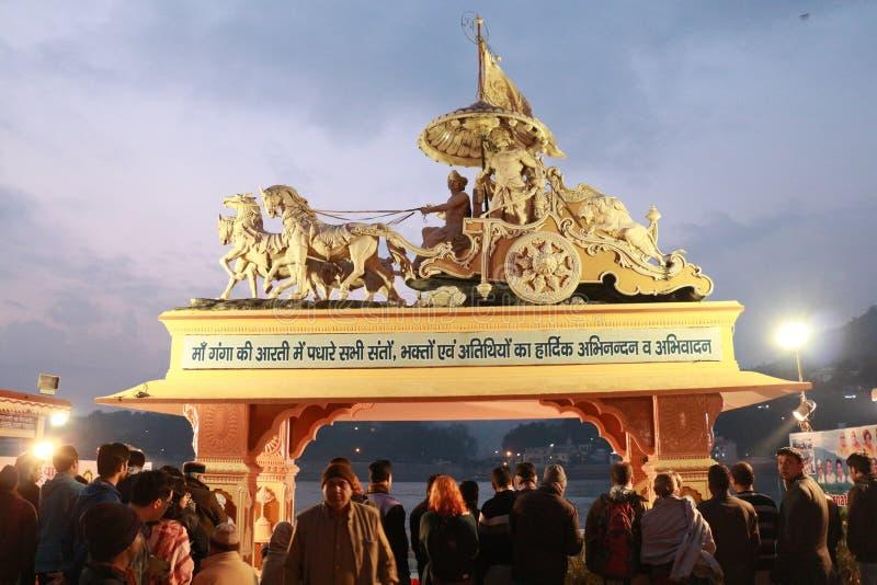 12 31 2013年印度北阿坎德省瑞希克什新年庆祝活动 免版税库存图片