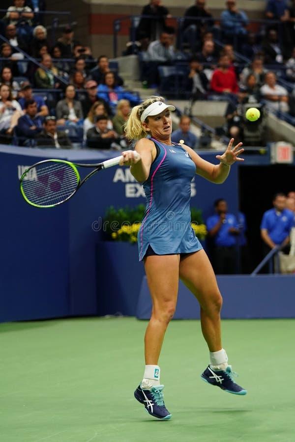 2018年美国公开赛妇女的双美国的冠军椰树Vandeweghe行动的在她的决赛期间 免版税图库摄影